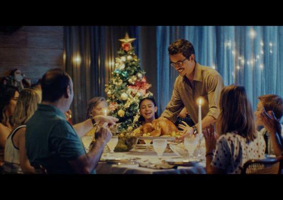 Pão de Açúcar reforça relação emocional com consumidores em nova campanha