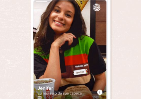 Burger King pega carona no hit do momento e ajuda solteiros a encontrarem a Jenifer no Tinder