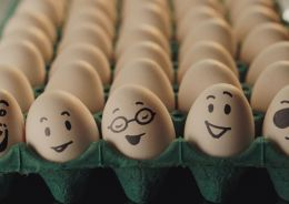 McDonald's apresenta campanha divertida para novos sanduíches com ovos